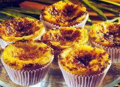 Queijada de Coimbra Sweet Recipes, Real Food Recipes, Cake Recipes, Dessert Recipes, Cooking Recipes, Mini Desserts, Finger Food Desserts, Portuguese Desserts, Portuguese Recipes