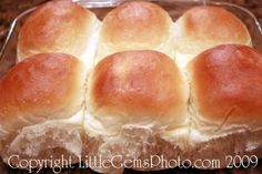"Mom Blog - Tips from a Typical Mom: Just like ""Golden Corral"" Dinner Rolls Recipe! (Thanksgiving Dinner Rolls)"