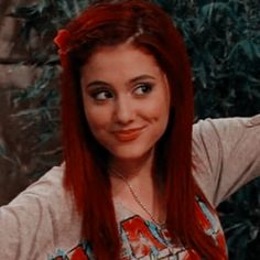 Ariana Grande Baby, Ariana Grande Facts, Ariana Grande Pictures, Icarly, Disney Channel, Collage Des Photos, Cat Valentine Victorious, Sam And Cat, Indie