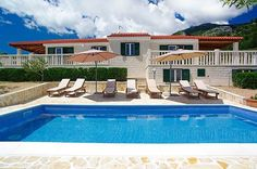 Villa Oliva - Bol - Island of Brač - Croatia - Adria Tours Bol  4* holiday villa with swimming pool accommodating up to 10 people