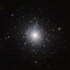 So many Stars-Infrared image of globular cluster 47 Tucanae (NGC 104) captured by ESO's VISTA telescope.