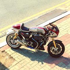 Harley Davidson Sportster 1200 Cafe Racer - Crazy Garage #motorcycles #caferacer #motos | caferacerpasion.com