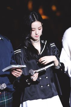 for a moment, i couldn't recognise our jisoo. (the outfit in this case, is wonderful as well) Yg Entertainment, South Korean Girls, Korean Girl Groups, Miss Korea, Jennie Lisa, Blackpink And Bts, Blackpink Photos, Blackpink Jisoo, Female Singers