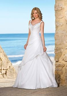 Graceful Princess Straps V-neck Taffeta Floor Length Wholesale Wedding Gown
