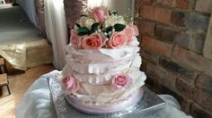 Wedding cake by Dawn Ledin