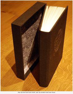 http://www.drukgedoe.nl/boekbinden/reis-boek-doos/
