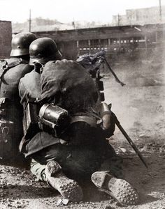 German MG team in Stalingrad 1942