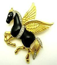 Vintage KRAMER Pegasus Mythical Flying Horse Gold Plated Rhinestone Brooch Pin