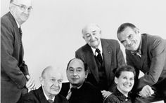 The Herman Miller designers with D.J. De Pree, assembled for the exhibition The Design Process at Herman Miller, 1975, in the Walker Art Center. In the foreground, left to right: Robert Probst, Alexander Girard, George Nelson, D. J. De Pree, Ray and Charles Eames. Photo: George Nelson Foundation