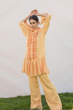 See the complete Maggie Marilyn Resort 2018 collection.