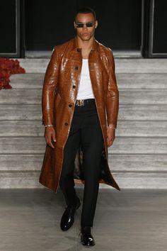 Brioni | Menswear - Spring 2017 | Look 6 Long Leather Coat, Leather Jacket, Men's Leather, Leather Fashion, Mens Fashion, Gentleman's Wardrobe, Well Dressed Men, Fashion Killa, Shirt Jacket