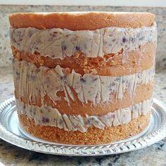 Recheio para bolo de casamento pode e deve ser acessível e fácil de preparar, por isso trazemos hoje a receita do recheio de nozes para bolo de casamento.