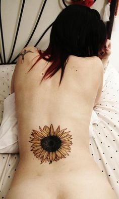 150+ Vibrant Sunflower Tattoo Designs & Meanings awesome  Check more at http://fabulousdesign.net/sunflower-tattoos-meanings/