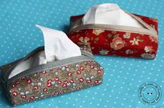 Hobby di stoffa by Hdc: porta kleenex pattern Sewing Hacks, Sewing Tutorials, Sewing Crafts, Sewing Projects, Tissue Boxes, Tissue Holders, Denim Bag Patterns, Hobbies To Take Up, Hobby Kits