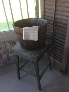 Bucket on back porch Barrels, Buckets, Pantry, Boxes, Rustic, Washroom, Primitives, Chair, Laundry Room