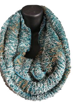 Women's infinity scarf, crochet scarf, chunky scarf, crocheted infinity scarf, cowl scarf Perfect for those chilly nights or cold offices. Crochet Cable, Scarf Crochet, Crochet Gifts, Crochet Hooks, Knitting Projects, Crochet Projects, Yarn Projects, Crochet Designs, Crochet Patterns