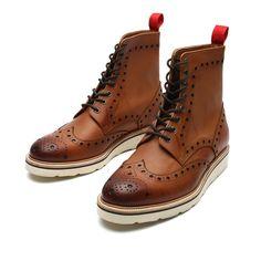 Amazon.com: Madden Men's Handmade Vibram Wingtip Calfskin Leather Boots: Clothing