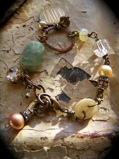 Bracelet |