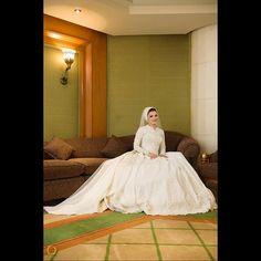 """#ostudiophotography #wedding #weddingday #egypt #weddingdress #egyptianwedding #weddingphotography #bride #groom #moments #nikon #nikonphotography #weddingportraits #photosession #bestoftheday #weddingdress #realwedding #bridalstyle #weddingideas #weddingbeauty #weddinghair #beachwedding #fallwedding #springwedding #winterwedding #summerwedding #weddingphotographer #weddinginspiration www.fb.com/ostudiophotographyegypt Www.ostudiophotography.com +201009777282 / +201060066213"" by…"
