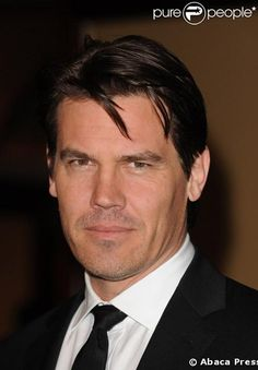 Josh Brolin born Feb 12, 1968 has the sun in Aquarius, moon in Leo and Taurus rising, all fixed sigs. He is divorced from Diane Lane, also Aquarian, who retracted her accusation that he hit her On Dec 19, 2004 at 3 a.m. The transits to their respective charts tells the story.