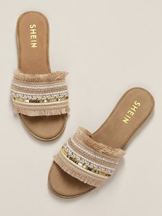 15 Must Have Items For This Summer 2019 - Mums Hustle - Must Have Items This Summer Embellished Wide Band Flat Slide Sandals. Simple Sandals, Cute Sandals, Cute Shoes, Slide Sandals, Me Too Shoes, Shoes Sandals, Heels, Flat Sandals, Gladiator Sandals