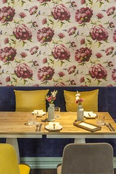 Best restaurants in Tallinn? I visit Tallinn frequently, and these are the ones I love. See if you agree! Places Open, French Bistro, Food Concept, Tasting Menu, Good Music, The Good Place, I Am Awesome, Restaurants, Restaurant