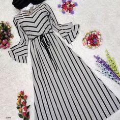 Discount Rope Combed Cotton Dress: Sizes … – Best Of Likes Share Abaya Fashion, Muslim Fashion, Modest Fashion, Girl Fashion, Fashion Dresses, Dress Outfits, Mode Kimono, Mode Abaya, Muslim Dress