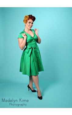Pinup Couture - Colette Button Down Dress in Green | Pinup Girl Clothing