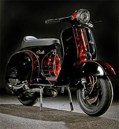 Vespa Vbb, Piaggio Vespa, Lambretta Scooter, Vespa Scooters, Retro Scooter, Vespa Motorcycle, Vespa Bike, Enfield Motorcycle, Vespa Special