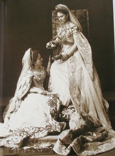 Grand Duchess Elizabeth Feodorovna with her maid of honor in 1897
