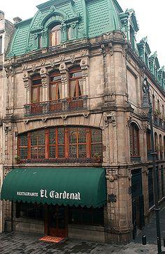 El Cardenal, Centro Historico  Palma #23, Centro Histórico,  Entre 5 de Mayo y Francisco I. Madero.  Tel. 55218815 al 17 y 55213080