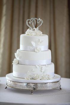 Beautiful 3 layer wedding cake.