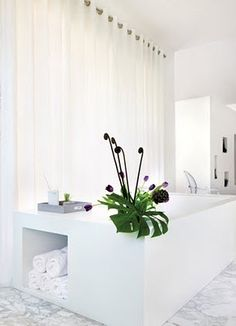 excellent storage for towels in the bathroom