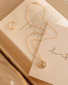 Dainty Jewelry, Heart Jewelry, Cute Jewelry, Photo Jewelry, Cream Aesthetic, Gold Aesthetic, Jewelry Store Design, Catholic Jewelry, Divine Light
