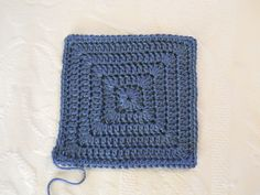 Simple solid granny square pattern by Kristie-Beth.  A granny square with no holes.