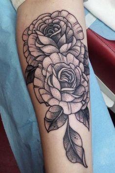 20 idées de tatouage fleur - L'Express Styles