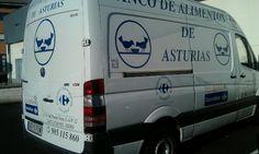 Furgón del Banco de Alimentos de Asturias