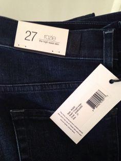 Je viens de mettre en vente cet article  : Jeans droit 7 For All Mankind 100,00 € http://www.videdressing.com/jeans-droits/7-for-all-mankind/p-3915111.html?utm_source=pinterest&utm_medium=pinterest_share&utm_campaign=FR_Femme_V%C3%AAtements_Jeans_3915111_pinterest_share