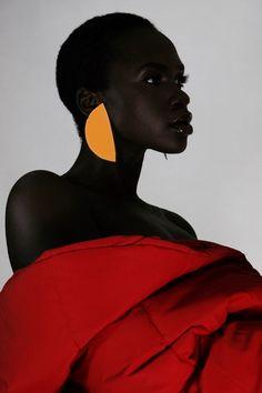 Black Girl Magic — sethnocentric: Effy Kawira Shot by. Art Afro, Poses, Portrait Photography, Fashion Photography, Photography Ideas, Black Girl Aesthetic, Black Women Art, African Beauty, Portrait Inspiration