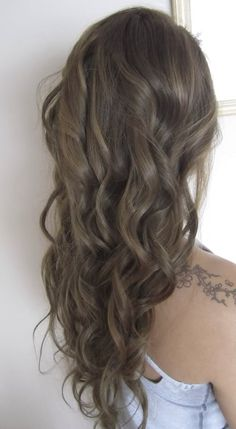 Side Swept Waves for Ash Blonde Hair - 50 Light Brown Hair Color Ideas with Highlights and Lowlights - The Trending Hairstyle Ash Brown Hair Color, Hair Color And Cut, Light Brown Hair, Cool Hair Color, Medium Ash Brown Hair, Hair Colour, Ash Color, Hair Medium, Ashy Hair