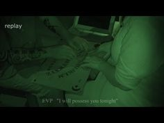 The Haunting, Ghost Caught on Tape Villisca Axe Most Haunted House in Am. Scary Places, Haunted Places, Ghost Caught On Tape, Ghost Hauntings, Creepy Houses, Real Ghosts, Creepy Pictures, Ghost Hunters, Demonology