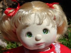 VINTAGE 1985 MATTEL MY CHILD GIRL DOLL BLONDE HAIR AND GREEN EYES