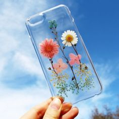 Brand new compressed dried flowers iPhone case Available for iPhone 5/5S, 6, 6plus.. Note: not all the designs look exactly the same as the pictures. The actual case you get might be a little different due to the flowers' sizes and colors. Accessories Phone Cases