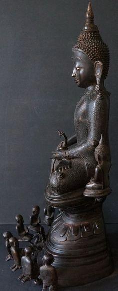 Side view of Bronze Burmese Shan Buddha Statue #824