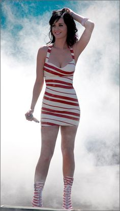 Candy-striped Katy Perry. Hawt!