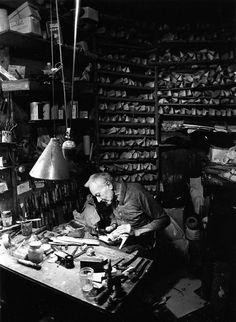 Atelier Robert Doisneau   Galeries virtuelles des photographies de Doisneau - Artisans