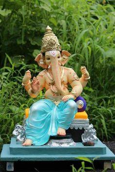 New Lovely Lord Ganesha Famous And Popular Lord Ganesha Wallpaper Collection. Lord Ganesha's World Popular Wallpaper collection. Shri Ganesh Images, Ganesha Pictures, Ganesh Wallpaper, Lord Ganesha Paintings, Lord Shiva Painting, Ganesh Idol, Ganesha Art, Ganesh Bhagwan, Ganpati Bappa Wallpapers