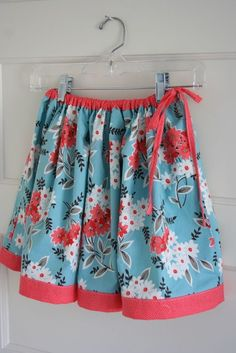 Twirly Skirt Tutorial...First on-line tutorial I every used.  Love this skirt.