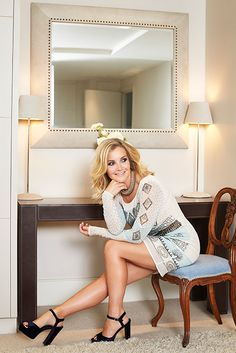 Helen Skelton reveals she would love to do Strictly after Christmas special stint Helen Skelton, Princess Kate Middleton, Tv Girls, Middle Aged Women, Great Legs, Sexy Older Women, Curvy Women Fashion, Mode Style, Sexy Hot Girls