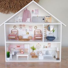 Barbie dolls holds, many methods from conventional timber residences to really Barbie Dreamhouses.